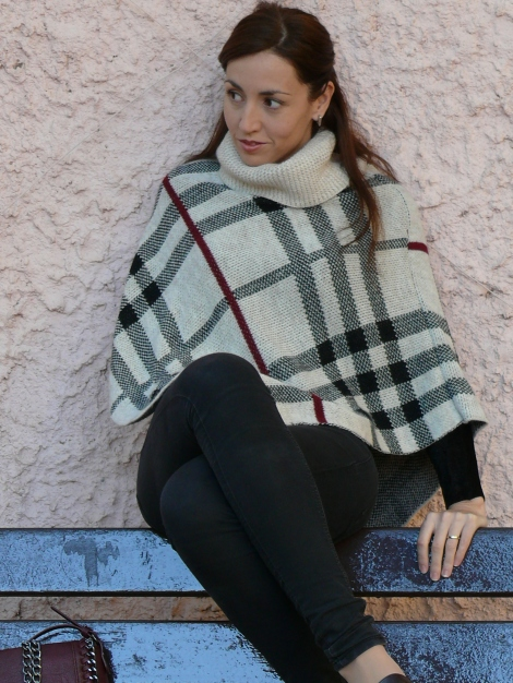 look poncho 2