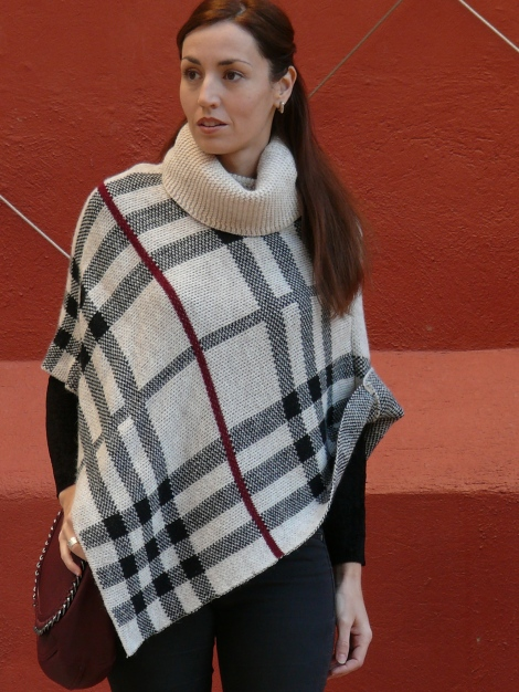 look poncho 4